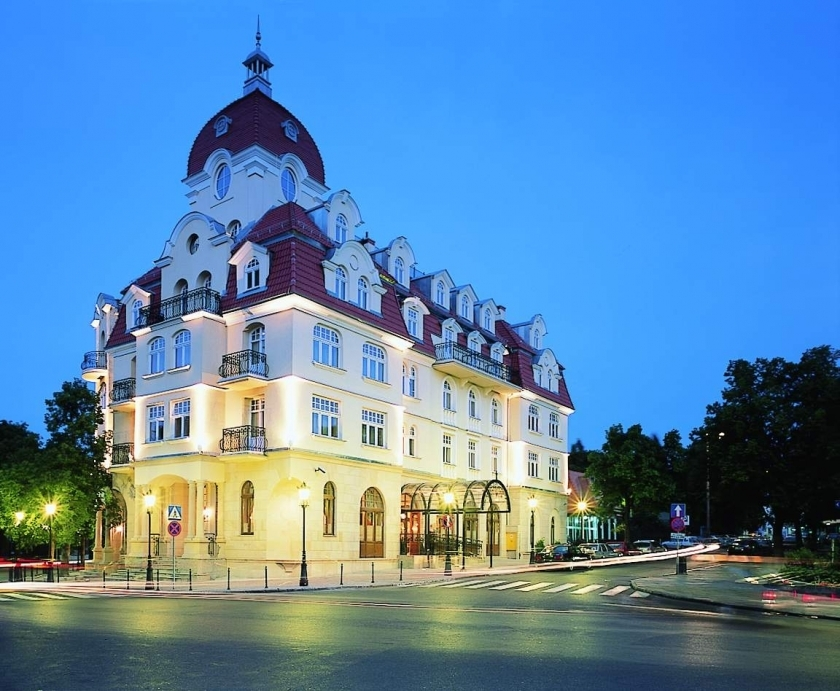 hotel-z-zewnc485trz-1